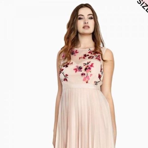 da9840accd23 NWT Little Mistress midaxi dress